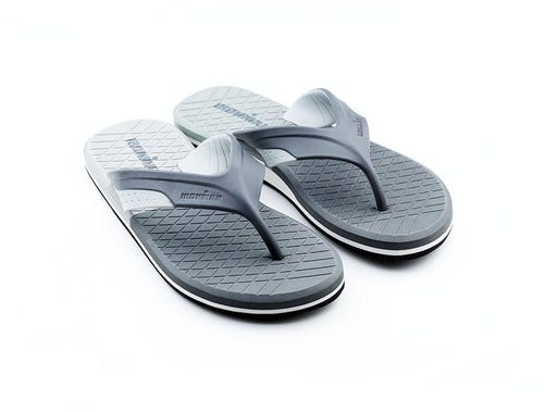 IRONMAN Men's Kai Flip Flop