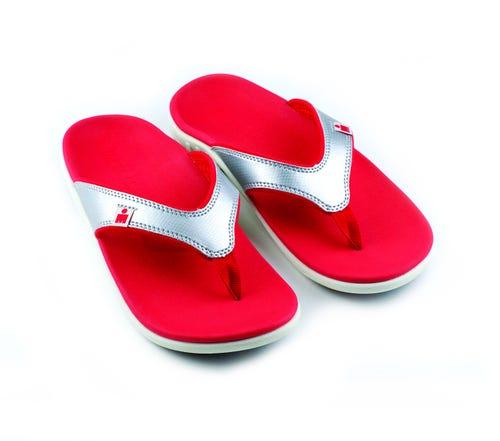 IRONMAN Women's HOA Sandal-Silver